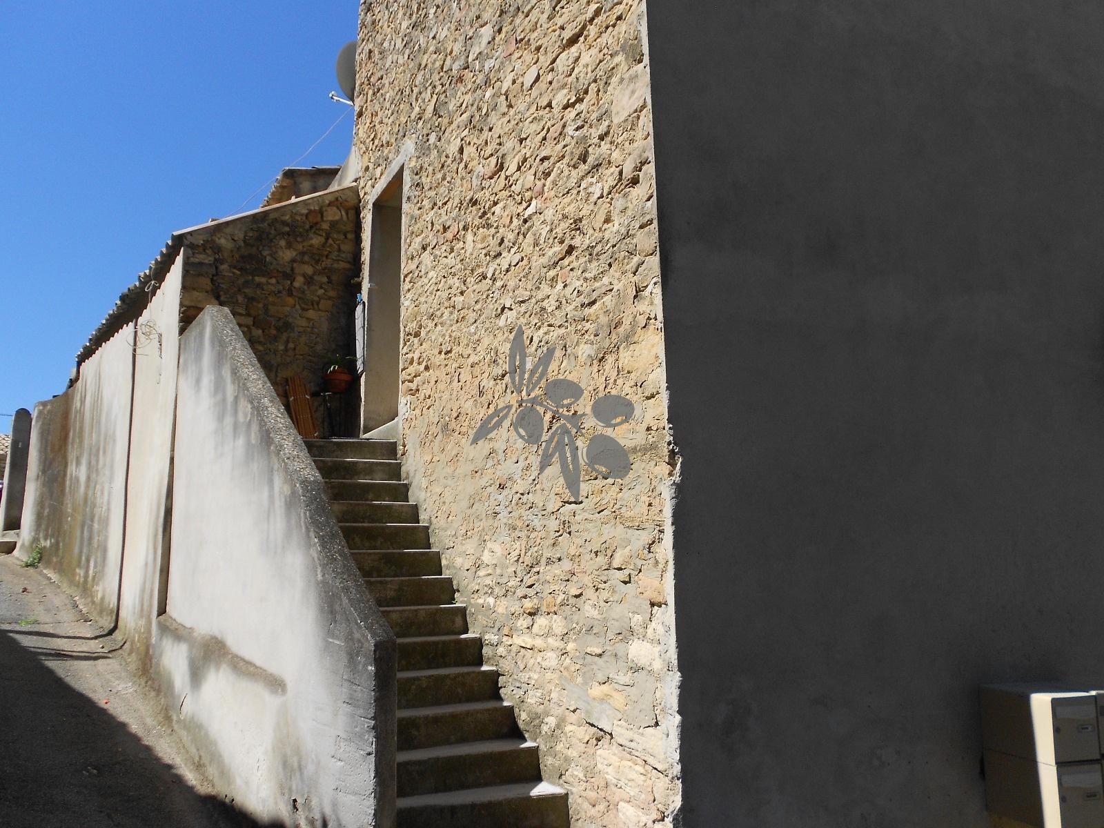 Rue saint Siffrein appartement 2