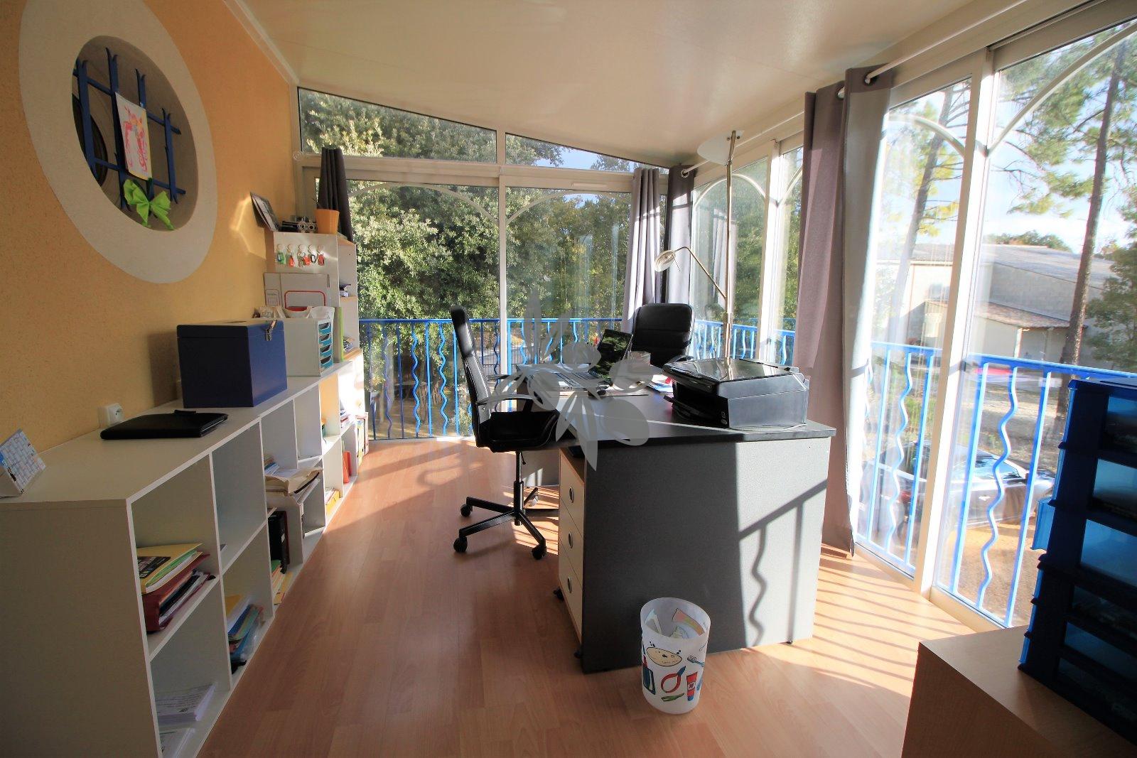 Bureau vitré