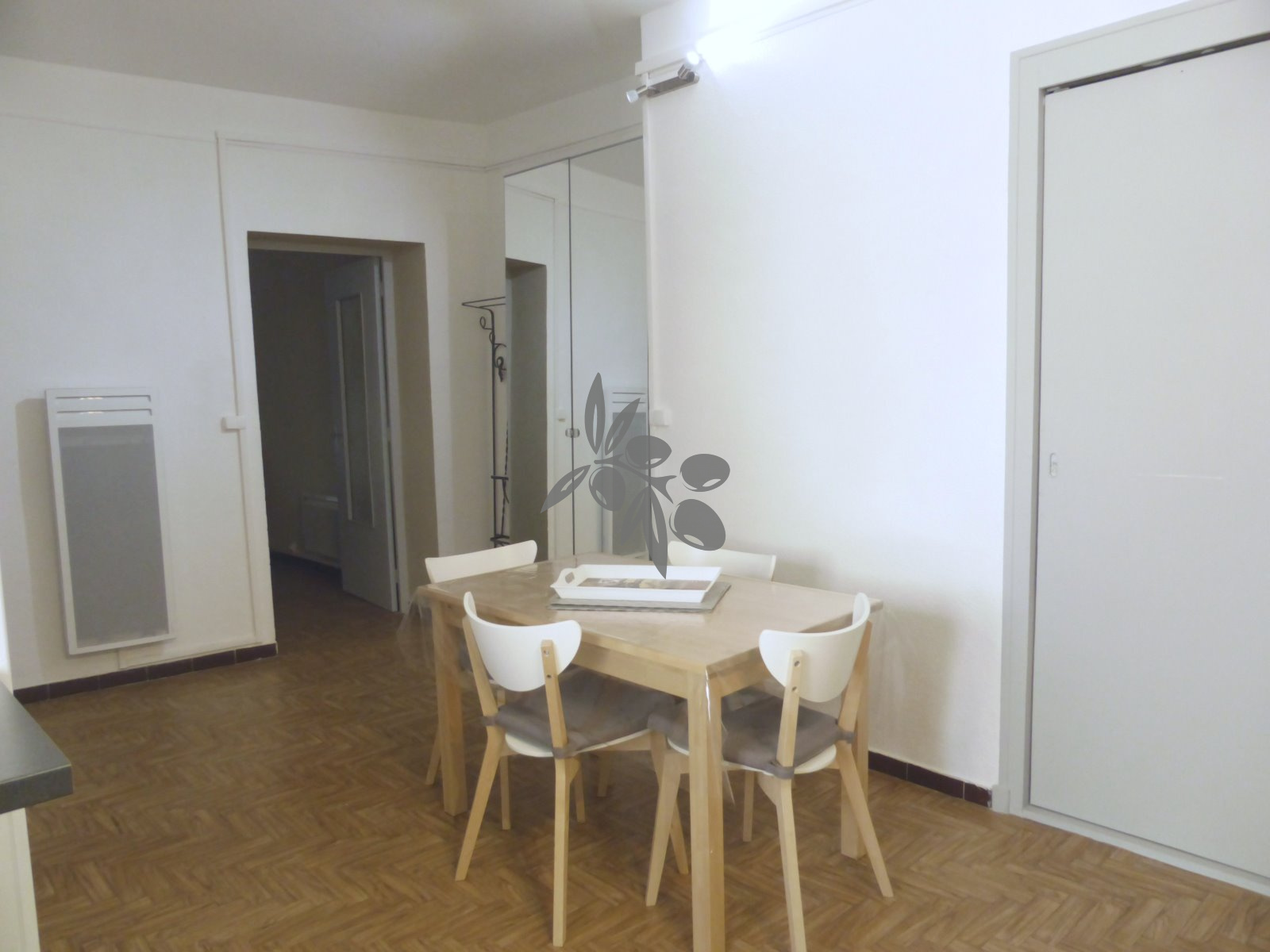 coin repas appartement 2